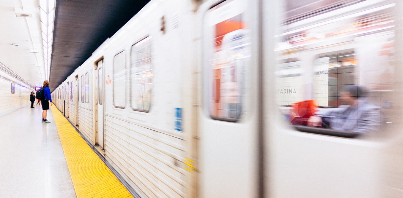 Giving up public transit during the coronavirus is a luxury many Canadians  can't afford