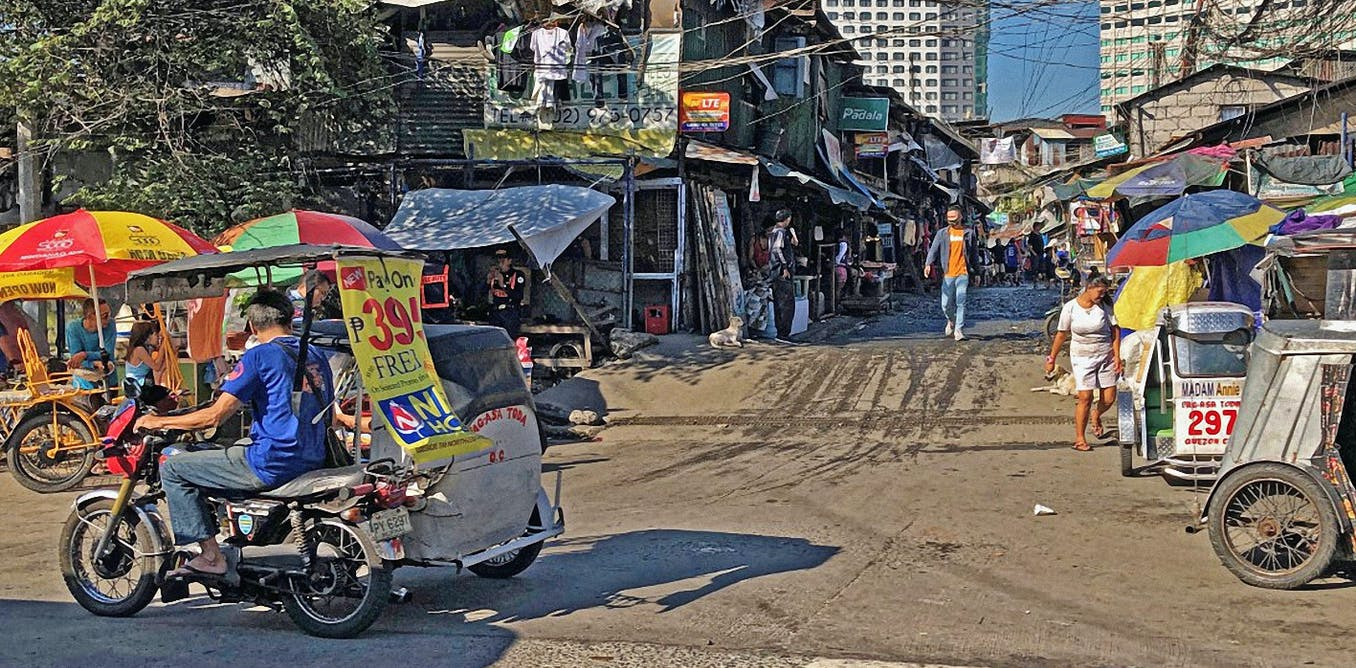 Forced evictions eat away at a Manila community as developer spares the golf course next door