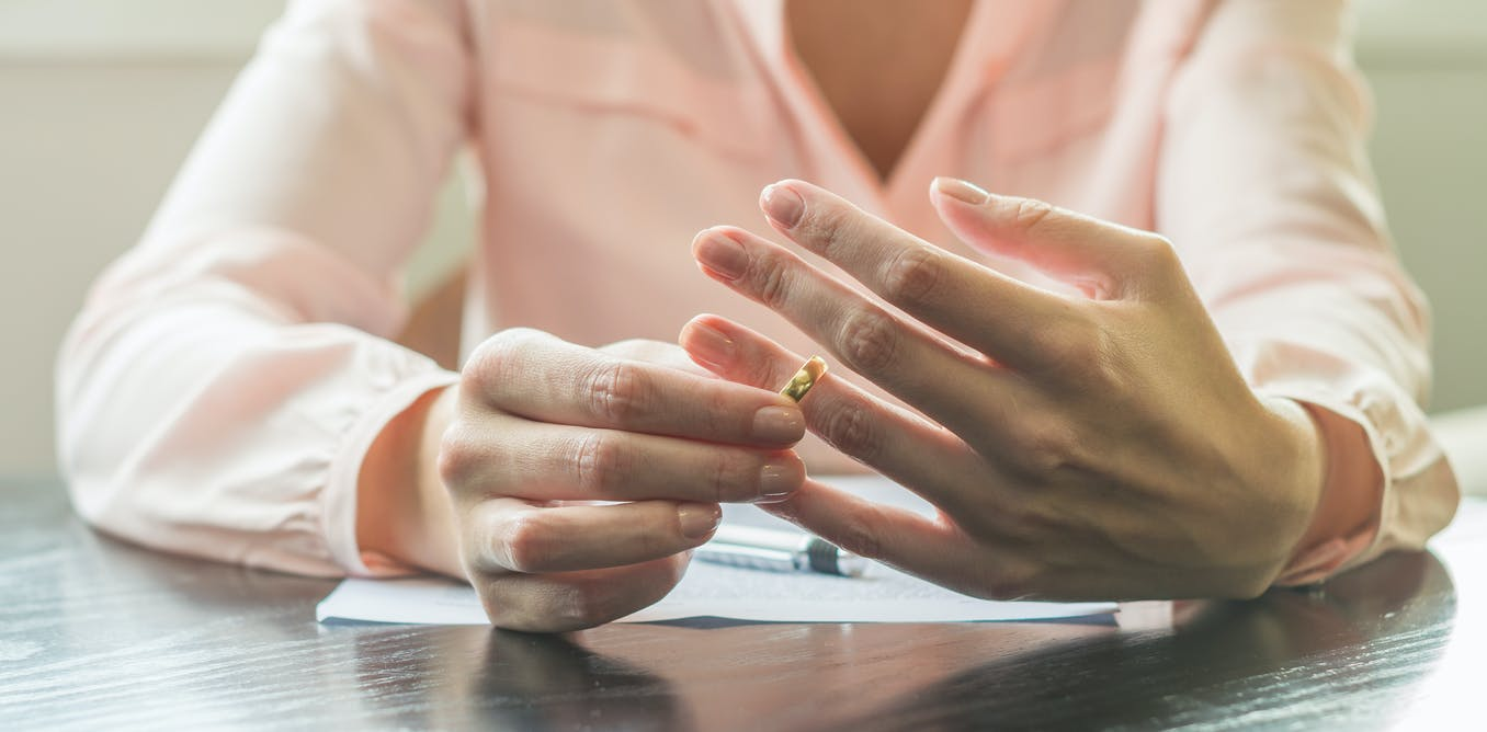 People are using artificial intelligence to help sort out their divorce. Would you?