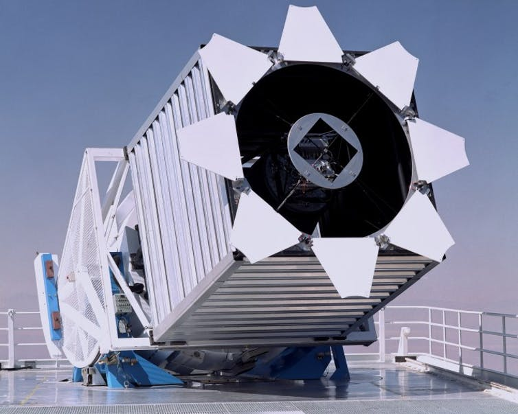 Picture of the Sloan Digital Survey Telescope.