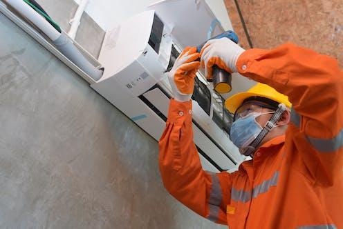 aire acondicionado técnico de mantenimiento