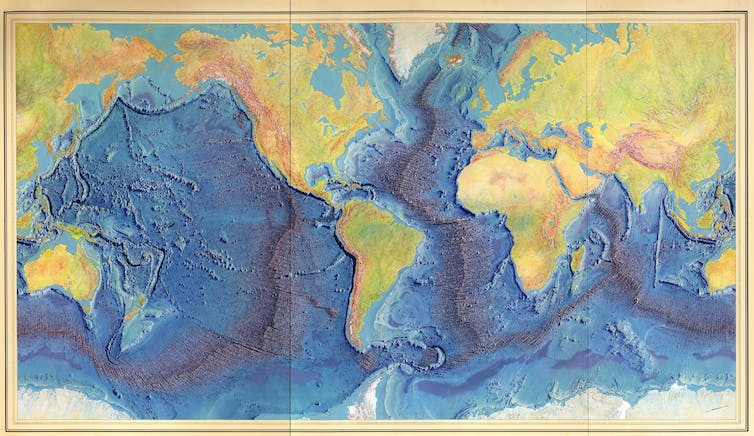 Map showing geographic features of world's oceans