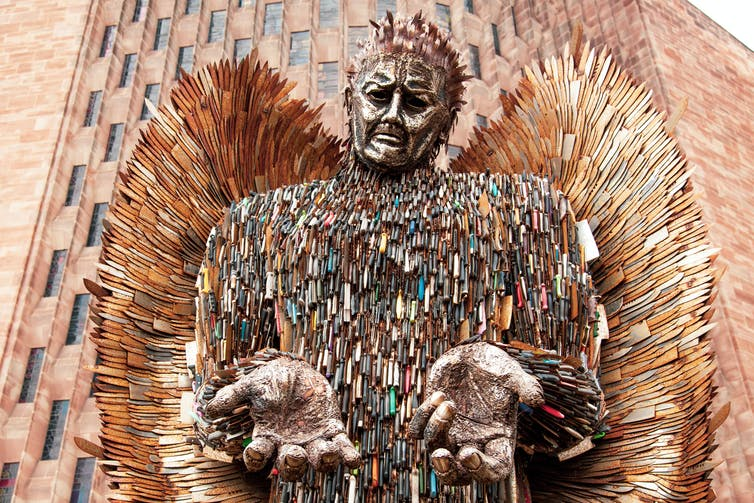 A sculpture made of 100,000 confiscated knives.