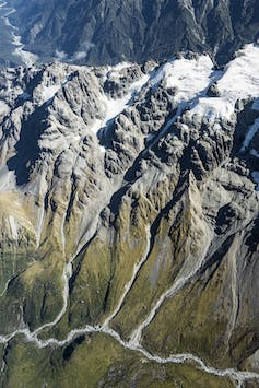 Glaciers in New Zealand's mountains