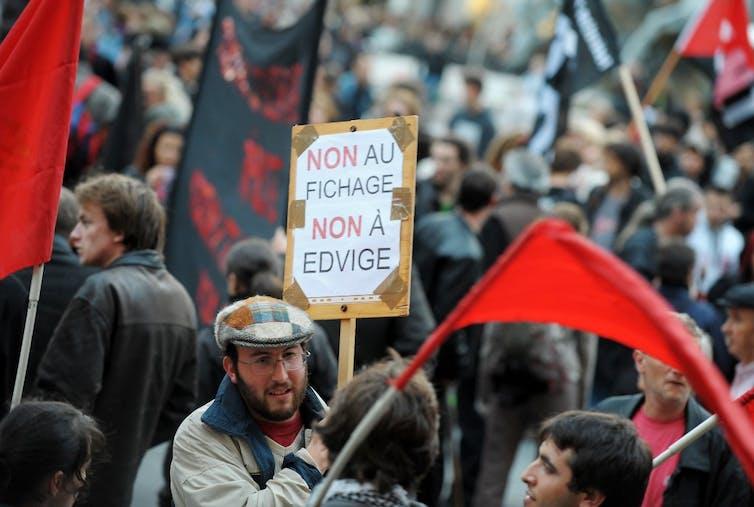 Manifestation contre le fichier police Edvige en 2008 à Lyon