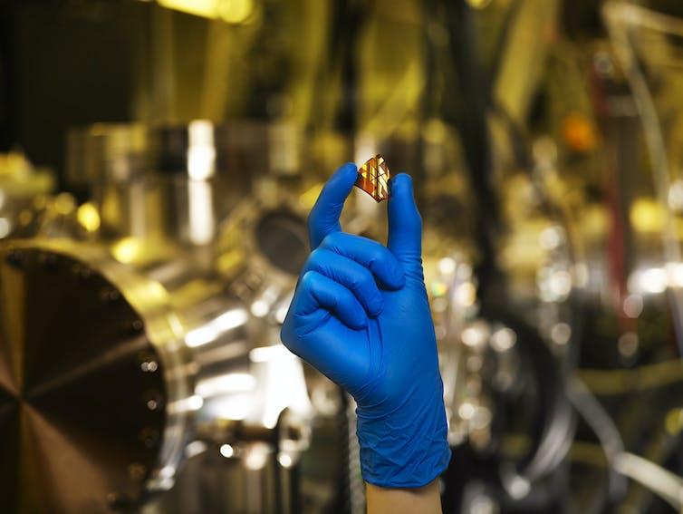 Flexible perovskite prototype solar cell