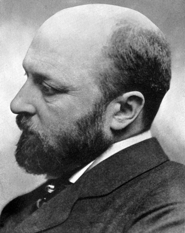 Photo of novelist Henry James