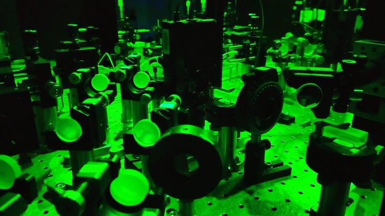 ميكانيكا الكم, كمومية, فيزياء الكم, جسيمات, فيزياء الجسيمات