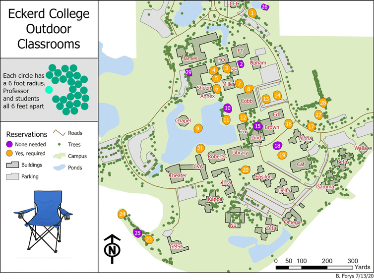 Eckerd College faculty can reserve space to teach outdoors