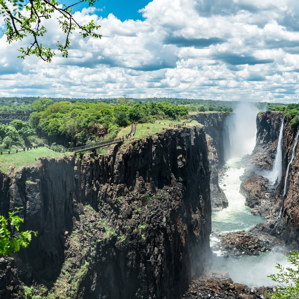 How Tourism Towns Like Victoria Falls Can Do Better On Carbon Emissions