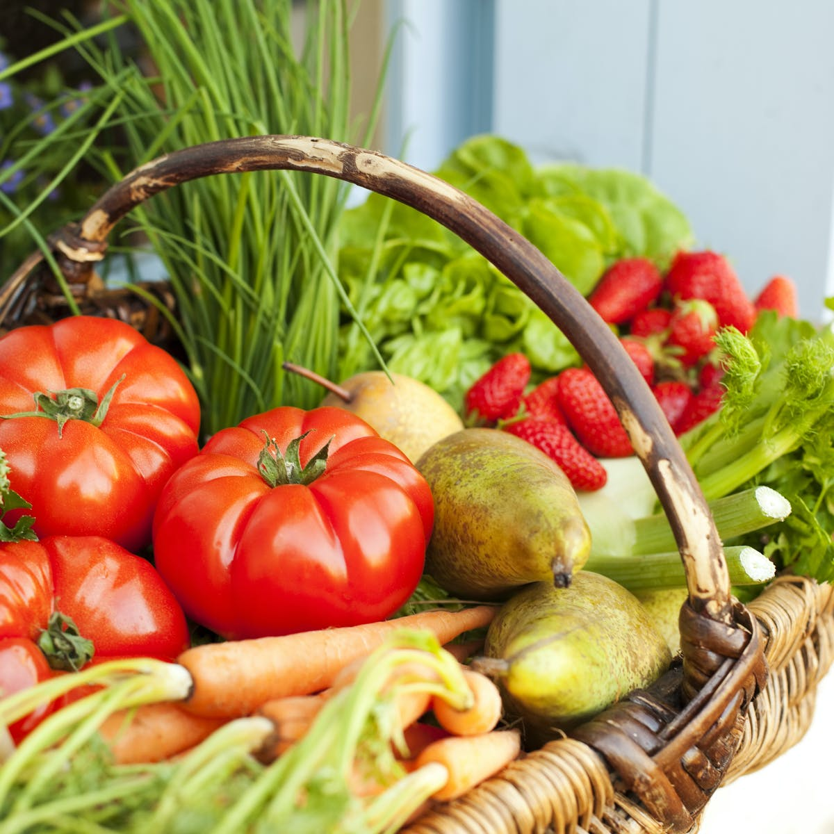 how does diet affect chronic disease