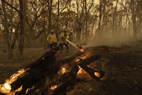 As bushfire season approaches, we need to take action to recruit more volunteer firefighters