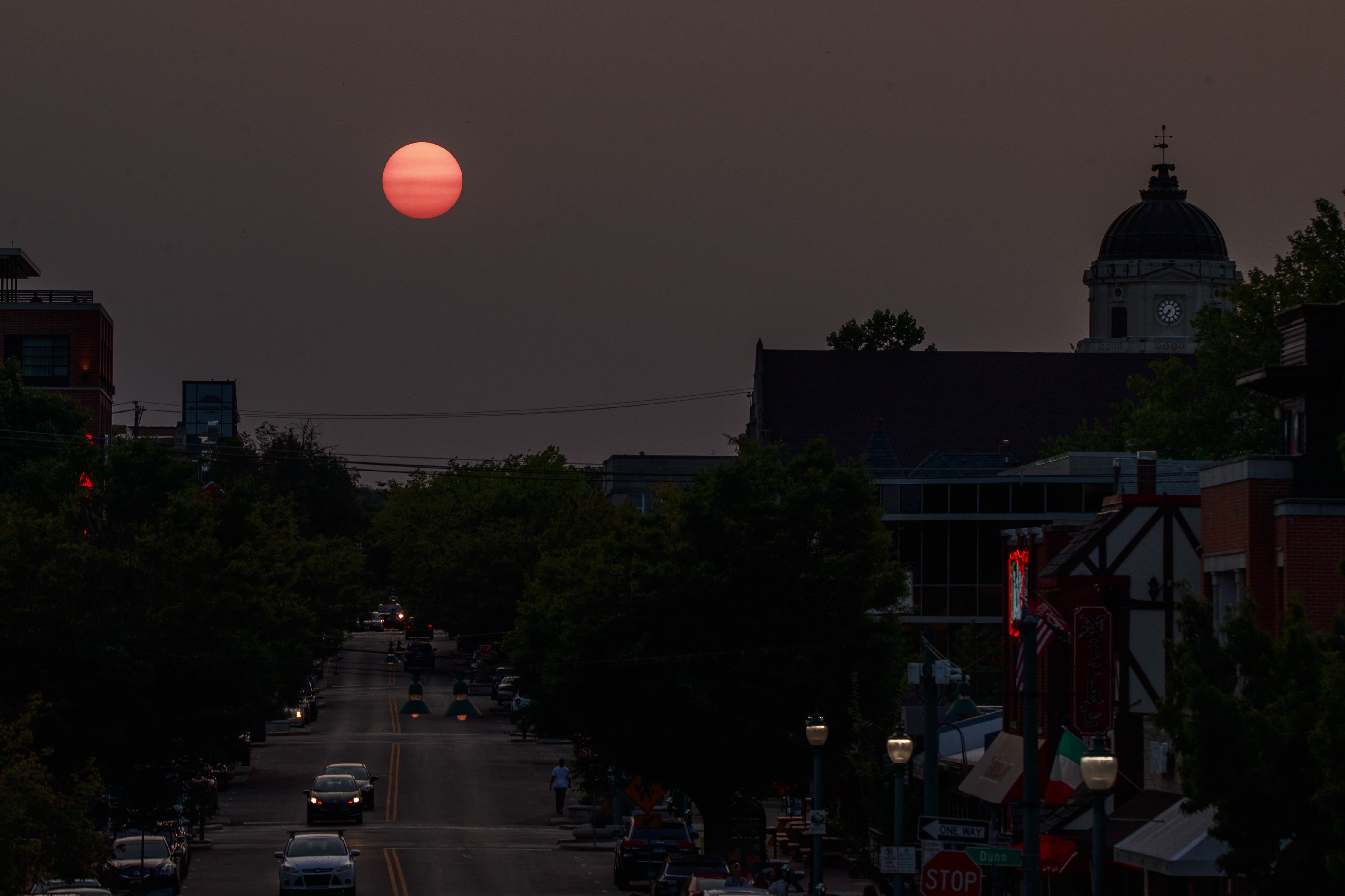 How Can Smoke from West Coast Fires Cause Red Sunsets in New York?