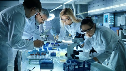 Medical researchers in a lab