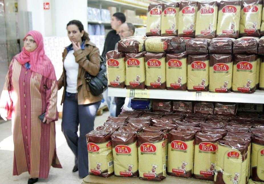 Femmes dans un supermarché