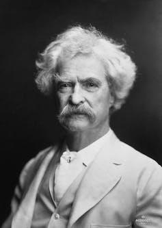 Mark Twain en 1907. AF Bradley