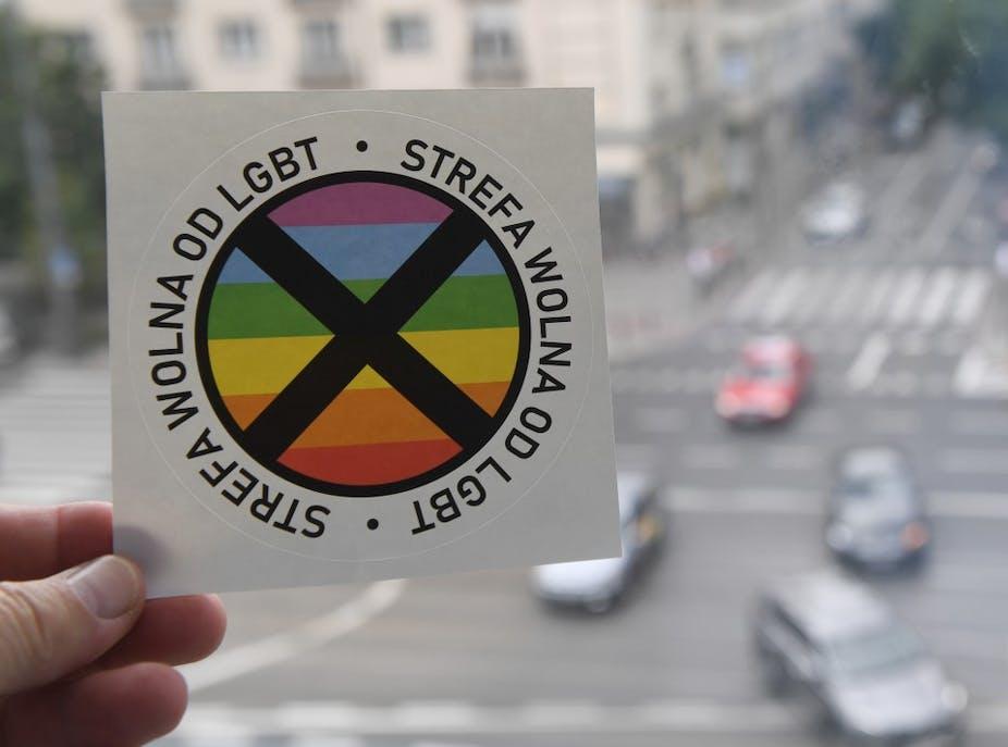 Autocollant homophobe polonais