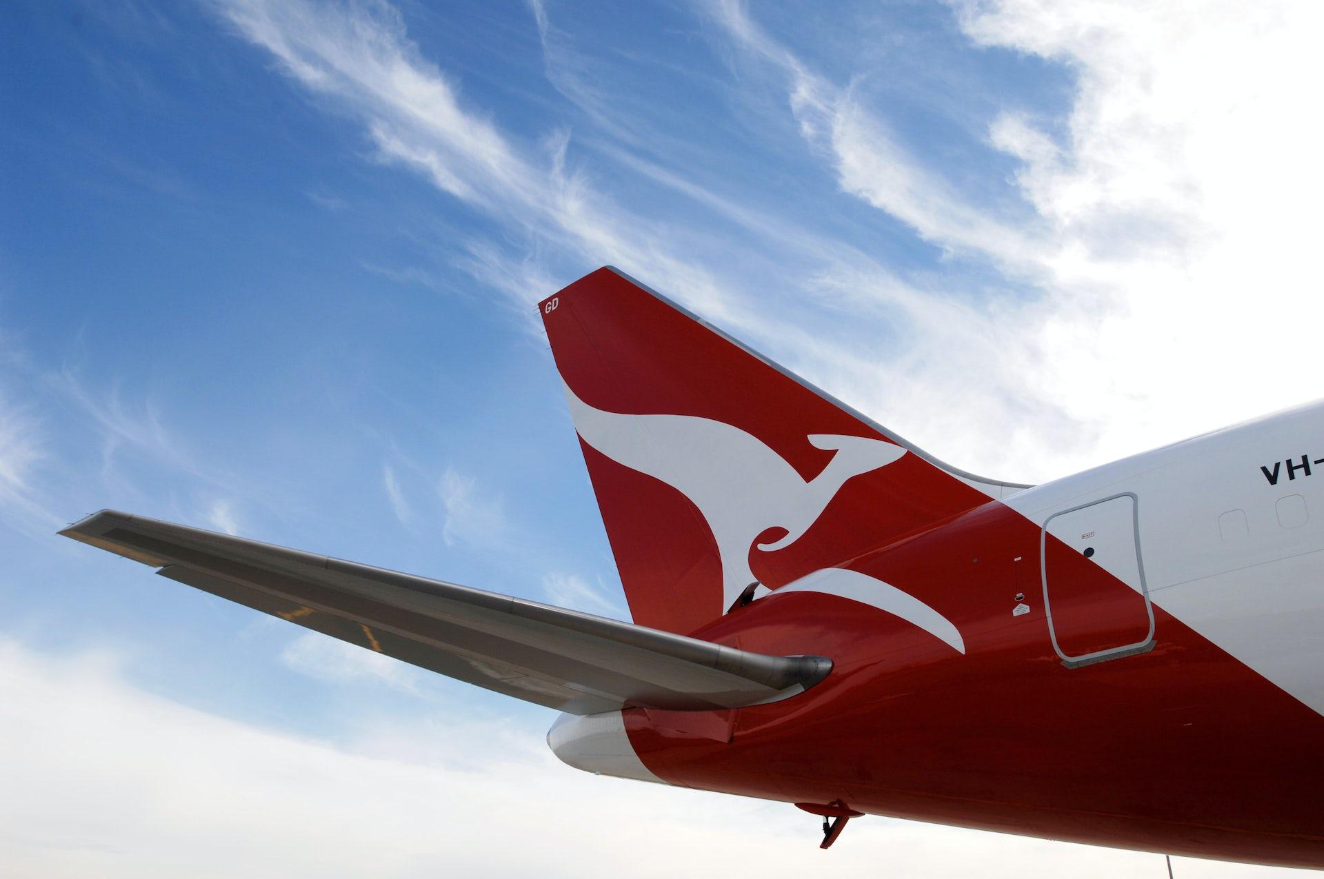 qantas annual report 2017