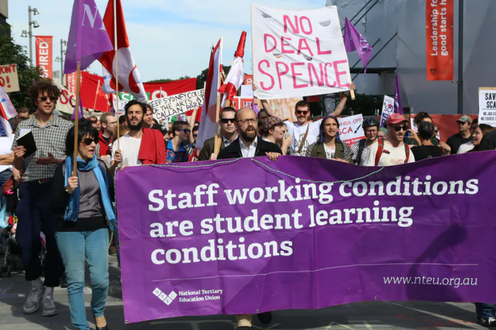 University staff protest against working conditions