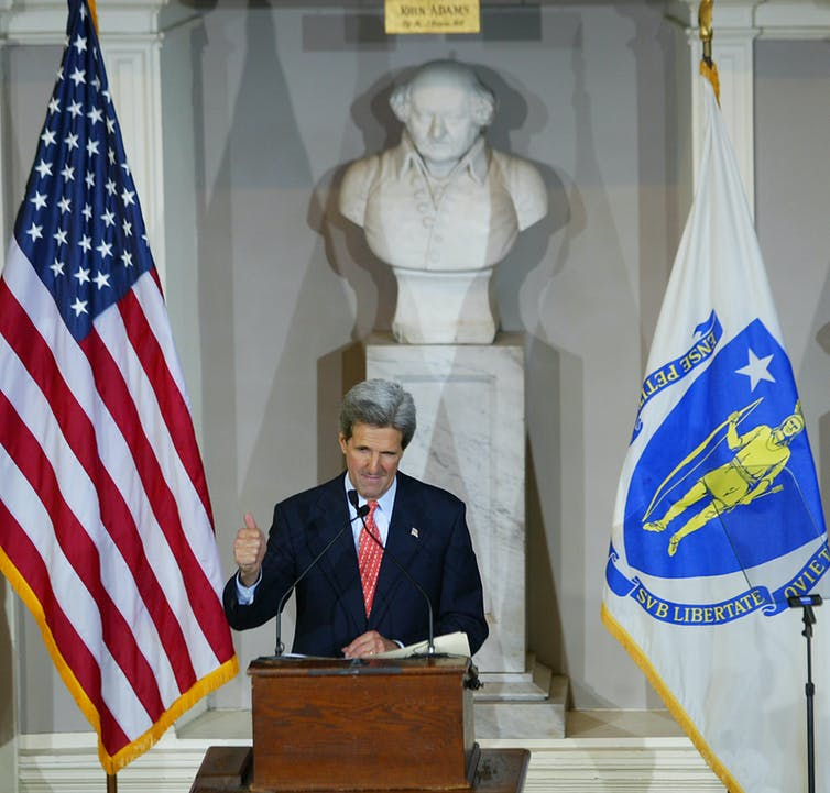 John Kerry concedes in 2004