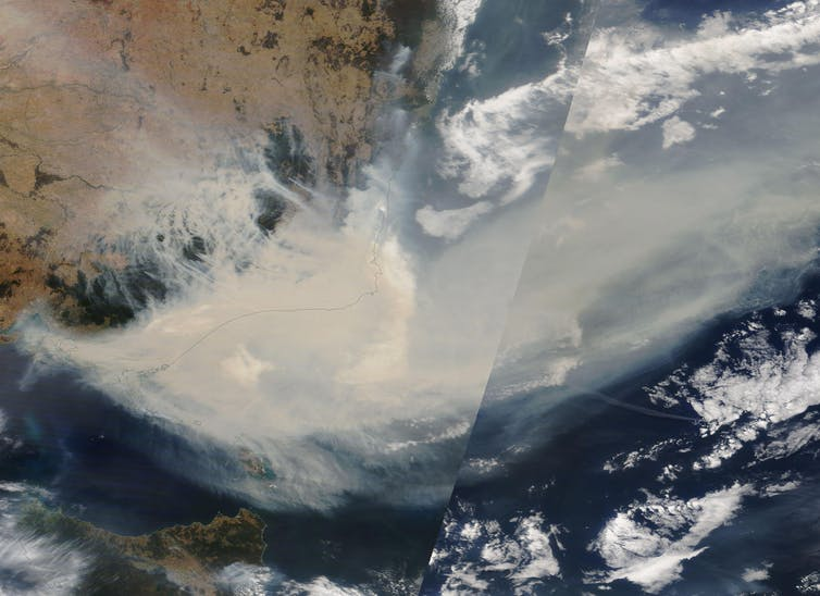 A satellite image showing thick smoke moving into the Tasman Sea from NSW and Victoria