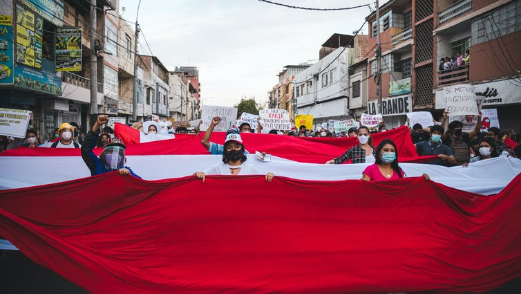 Perú: cómo un proyecto autoritario cayó en solo 6 días