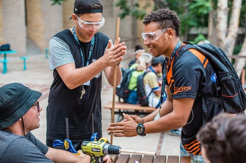 A photo from the CSIRO Indigenous STEM Education Project.