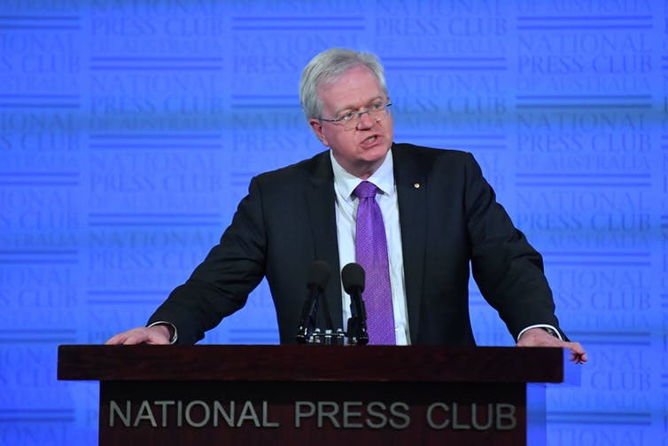 Brian Schmidt speaking at the National Press Club