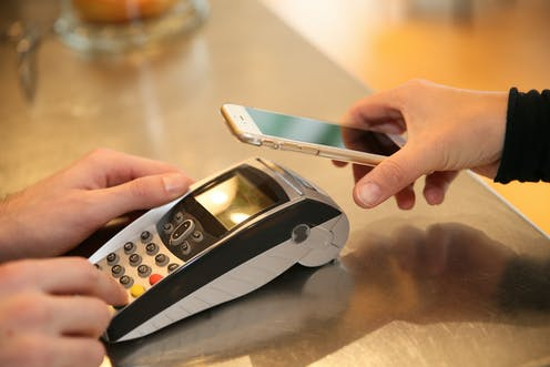 electronic payment terminal and smart phone