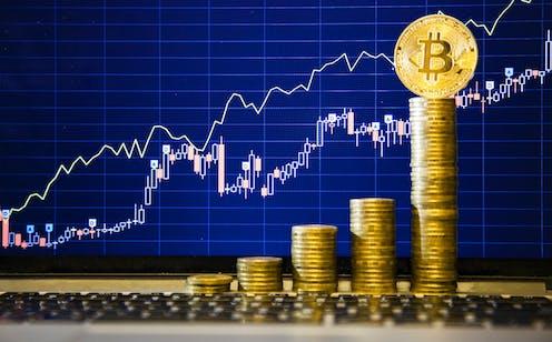1 aud bitcoin-hoz)