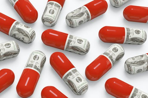Illustration of drugs and money
