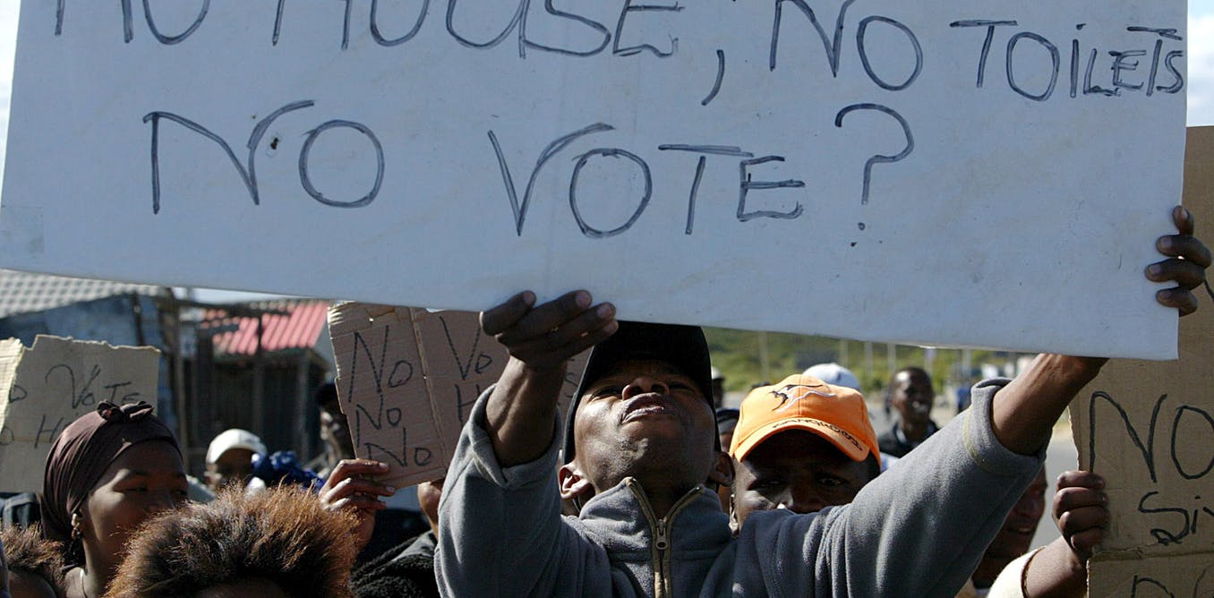 South African politicians, not bureaucrats, stand in the way of a professional civil service