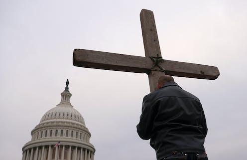 Trump supporters, Cross, U.S. Capitol