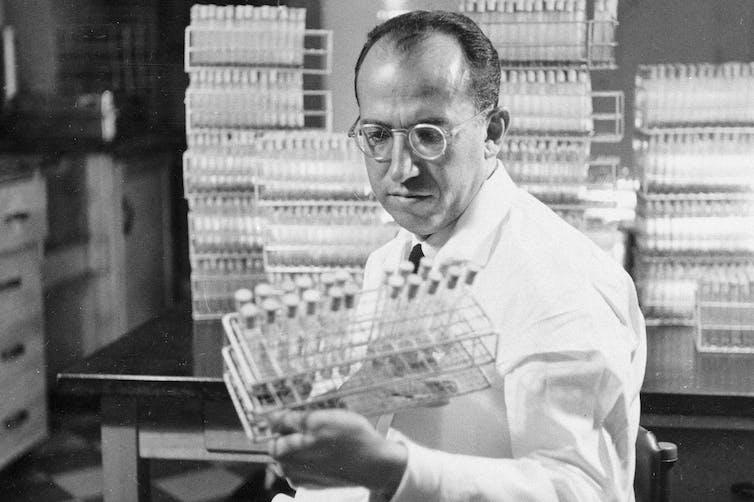 Black and white photo of Jonas Salk