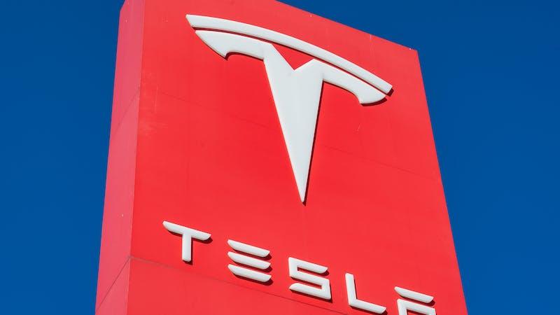 ¿Valdrá Tesla 1 trillón de dólares?