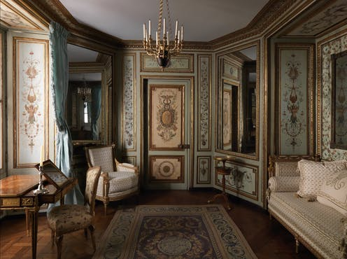 a ornate room designed in the late 1700s.