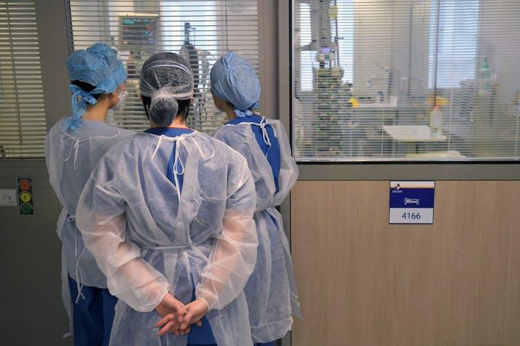 Des infirmières
