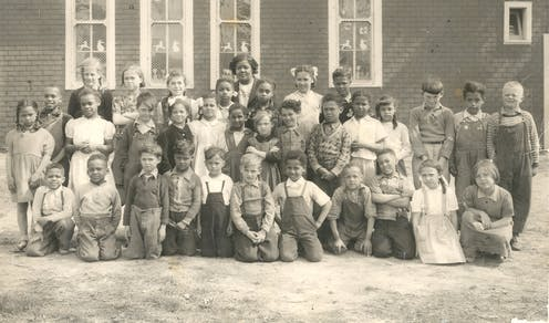 A school class from 1951.