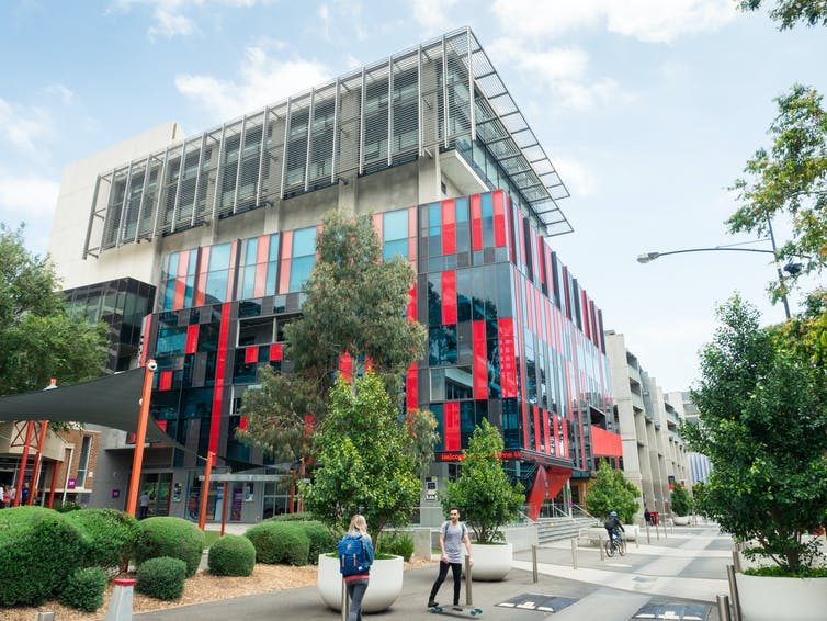 Swinburne University Hawthorn campus building