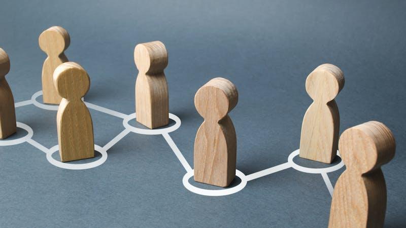 ¿Qué es la economía social y qué beneficios aporta?
