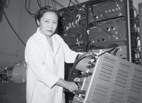 Chien-Shiung Wu with gear in lab