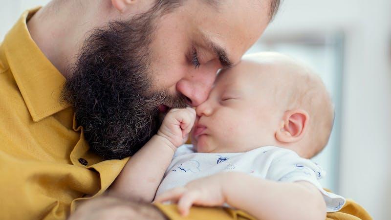 No es solo cosa de madres: ser padre también cambia el cerebro