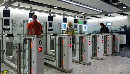 People at airport scanners