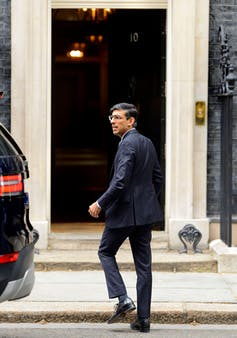 Rishi Sunak entering 10 Downing Street