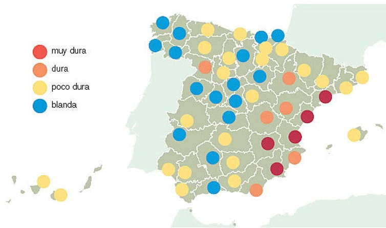 Mapa por colores de la dureza del agua en diferentes regiones de Espa?a.