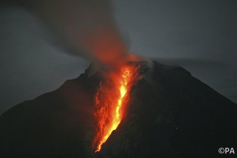 How Earth S Devastating Supervolcanoes Erupt