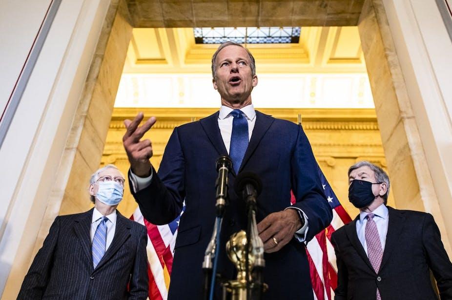 Les leaders des Républicains au Sénat