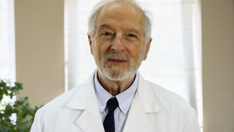 Luis Enjuanes: «Vamos a por una vacuna intranasal y de una sola dosis muy potente»