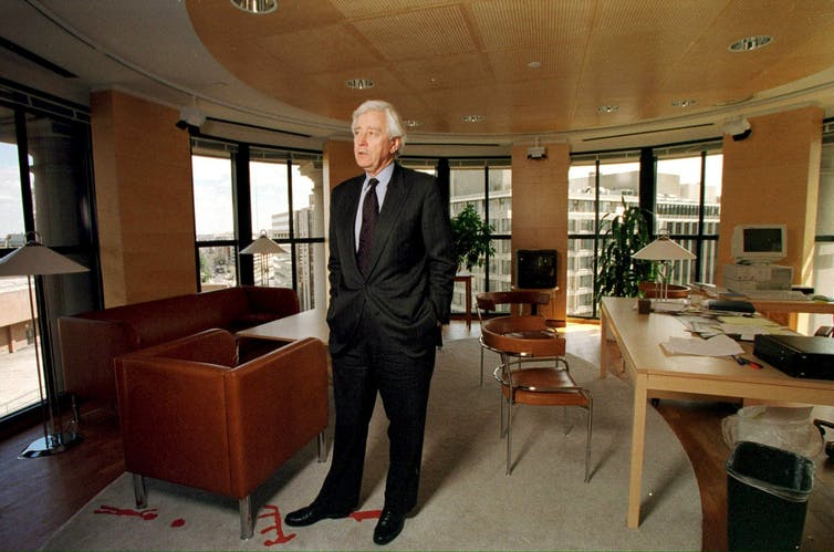 Rolf Ekeus, seen in his office in New York. UN General Secretary Kofi Annan on Monday, 17 January 2000, recommended Ekeus as the new head of the UN arms control body in Iraq (UNSCOM).