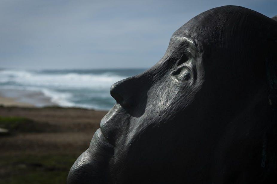Sculpture à la mémoire de l'écrivain espagnol Ramon Sampedro
